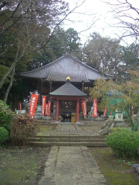 犬切不動のお堂(マルコ、2011年10月30日撮影)