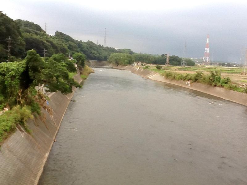 弓削地区の白川の様子(2012年8月8日撮影、紅子)