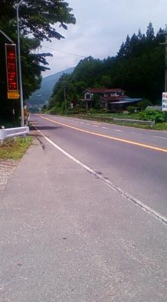 うとう峠、塩尻市側から(2012年7月15日のりくん撮影)