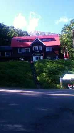 魔神大婆王が棲む白馬岳(山荘の奥)2009年09月10日のりくん撮影