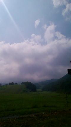 雲で見えない白馬岳(小谷村栂池から見る)2008年07月26日のりくん撮影