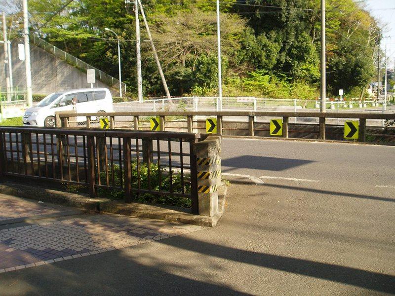 平吉が笛を吹いたとされる山口橋(木曽呂橋)(2013年4月13日やっさん撮影)